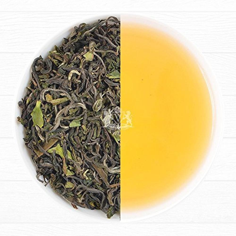 Vahdam Teas 2016 First Flush Organic Darjeeling Tea from the Oaks Tea Estate -Makes 35-40 Cups