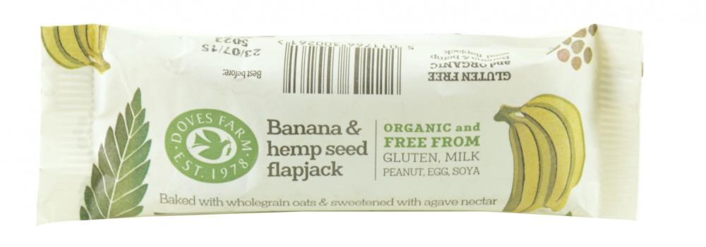 Doves Farm Banana and Hemp Seed Flapjack 35g