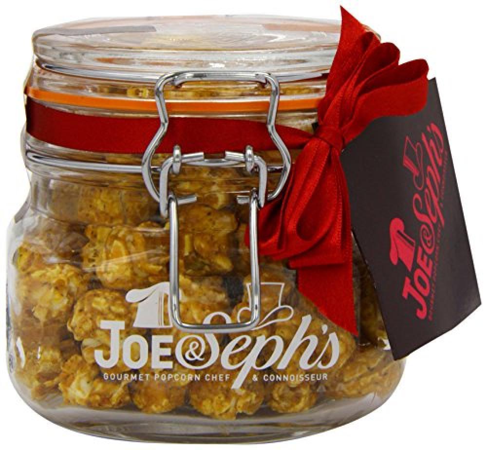 Joe and Sephs Kilner Jar of CaramelBlack Pepper and Chilli Popcorn 80 g